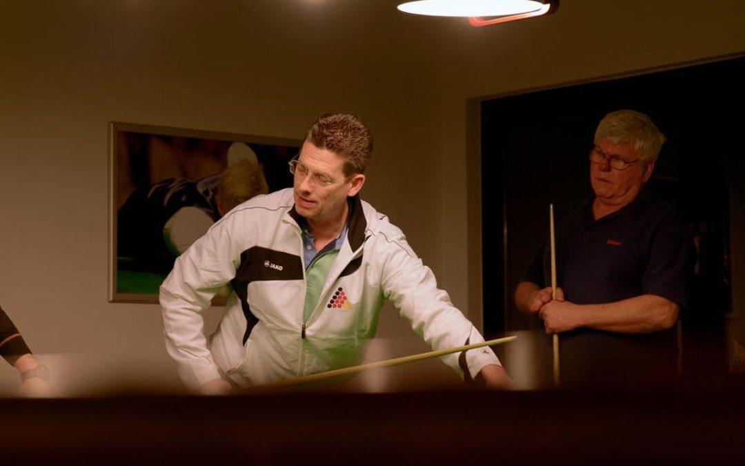 Einweihung neuer Snooker-Räume – Snooker kennenlernen